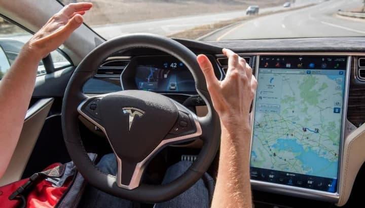 Autopilot da Tesla é ou não seguro? Saiba o que dizem os condutores dos carros