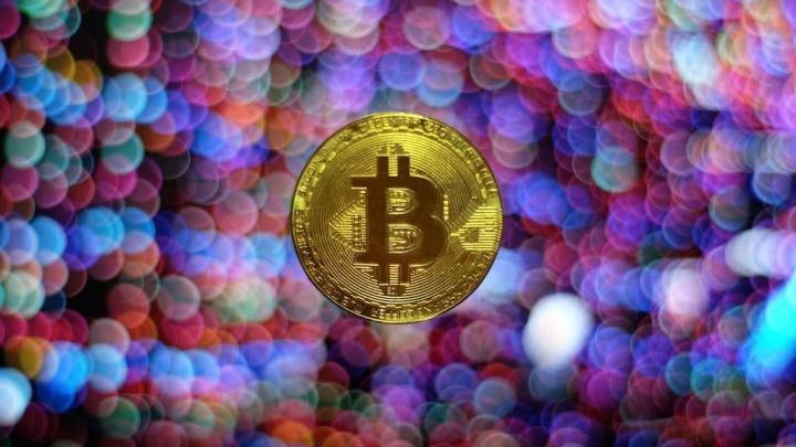 Novembro está a ser negro para a Bitcoin, com o mercado em queda abrupta