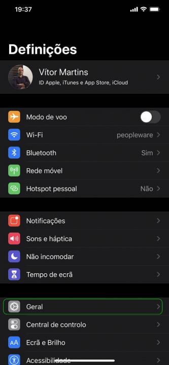 Imagem exemplo de atualização de firmware AirPods Apple