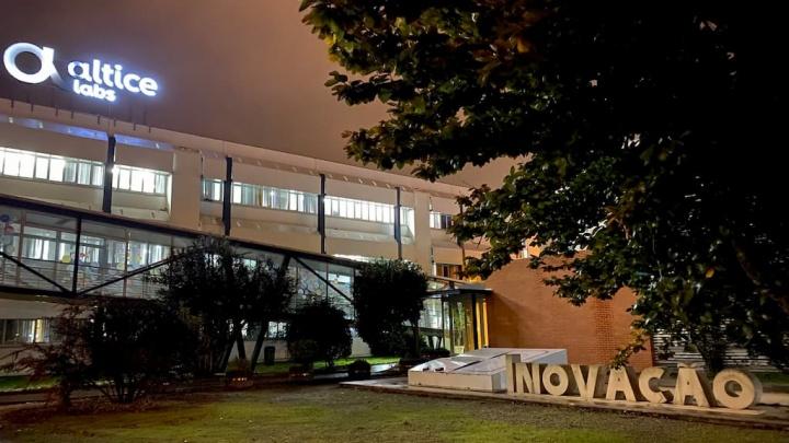 Altice Portugal já passou mais de 100.000 km de fibra óptica desde 2018