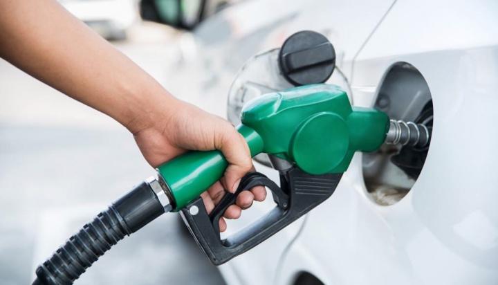 Gasóleo e gasolina descem esta segunda-feira! Onde é mais barato?