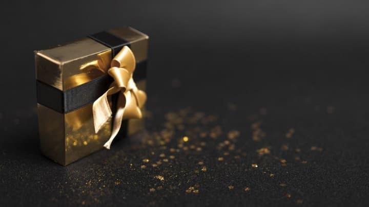 Já de olho nos presentes de Natal baratinhos? Oferça uns earbuds