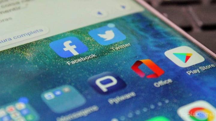 Apps Twitter Facebook dados roubar