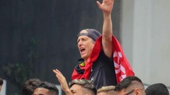 Flamengo vence a Libertadores e o Brasileirão... Sendo campeão também no digital e memes!
