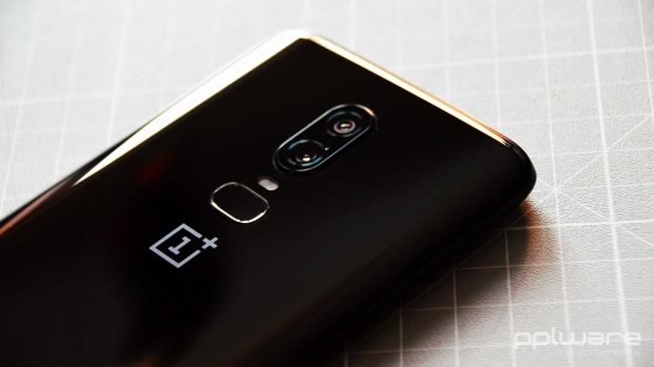 OnePlus volta a dar o exemplo e Android 10 já está disponível para os modelos 6 e 6T