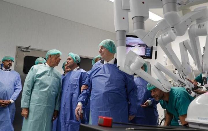 Portugal: Robô cirúrgico de 2 milhões oferecido ao Hospital Curry Cabral