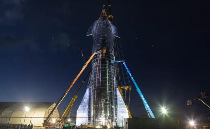 Protótipo da Starship da SpaceX explode durante teste Elon Musk