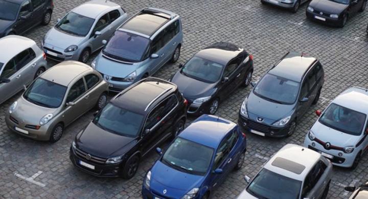 A culpa é da COVID-19! Em abril apenas foram produzidos 1.238 carros