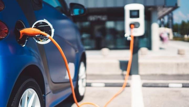 Carros elétricos: São precisos 3 milhões de pontos de carregamento