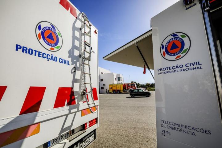 """SMS da Proteção Civil não enviadas por falta de """"voluntários"""""""