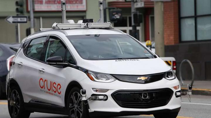 Imagem de teste da GM com carros autónomos sem volante ou pedais