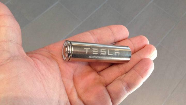 Tesla está a trabalhar em tecnologia para baterias melhores, mais duradouras e baratas!