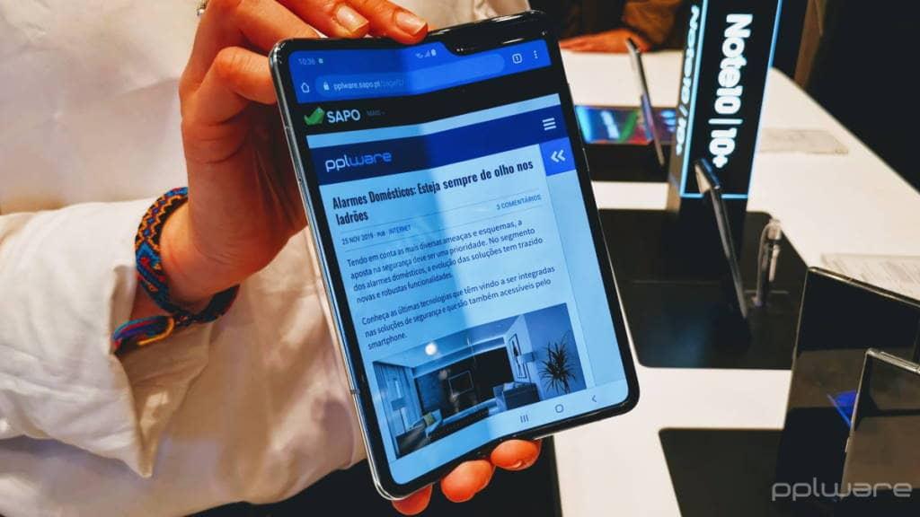 Samsung Galaxy Z Flip 2 foldable smartphone