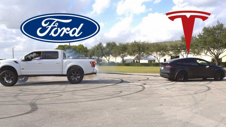"Ford F-150 4x4 vs Tesla Model X! Quem ganha a ""luta""?"