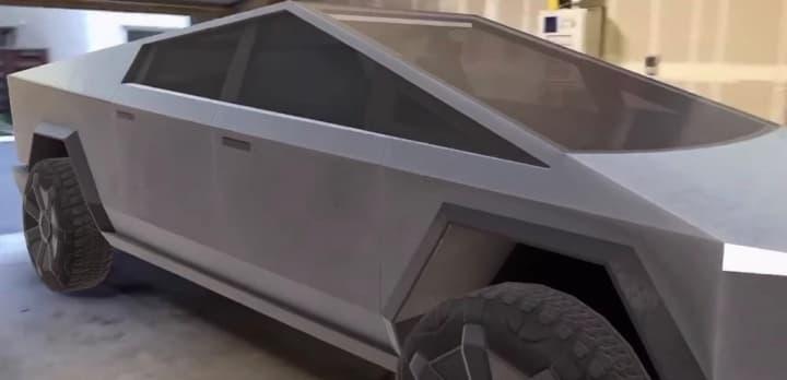 Será que a Tesla Cybertruck cabe na sua garagem?