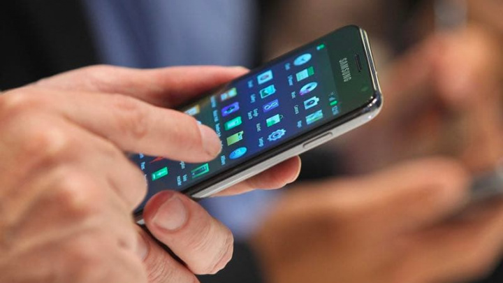 Google em breve poderá implementar gravação e transcrição de chamadas no Android