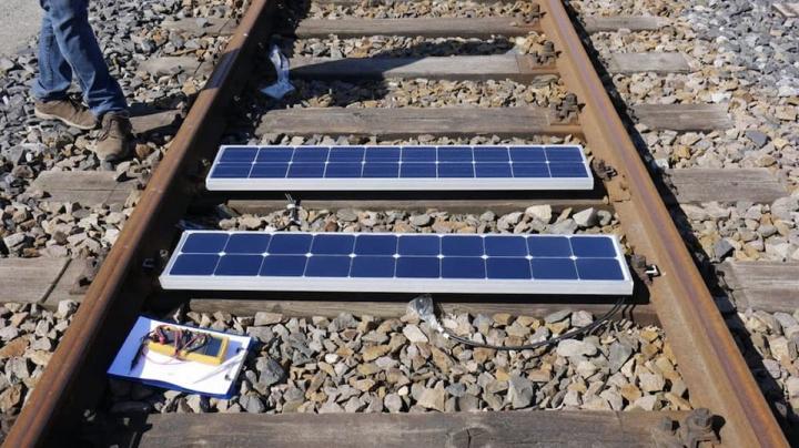 Imagem linhas de comboios inteligentes