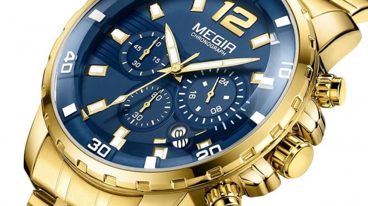 Imagem de relógios de ouro