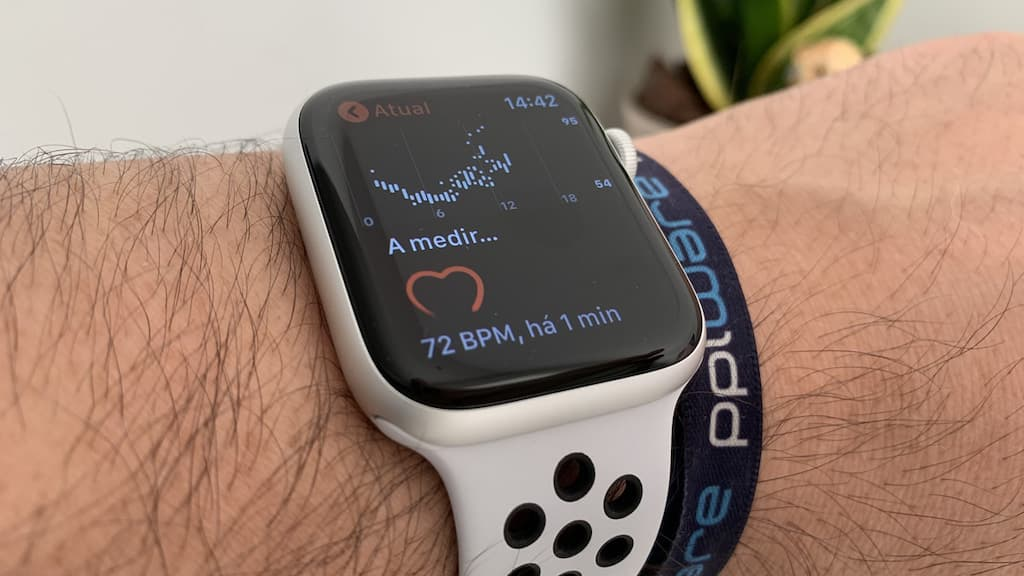 Apple Watch: Oximeter may help detect infected with COVID-19