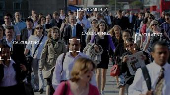 Exemplo de reconhecimento facial na rua