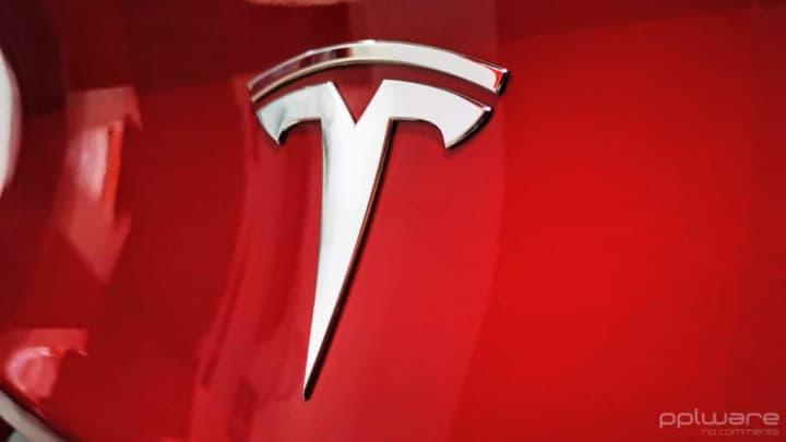 Tesla vendas entregas Covid-19 problemas