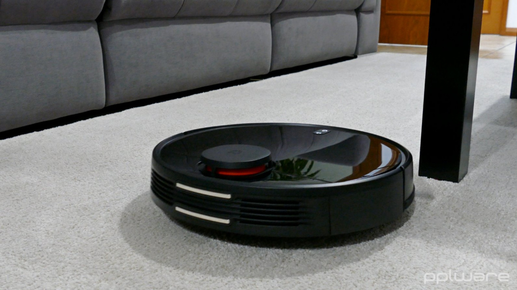 Review: Xiaomi Mi Smart Robot - The New Generation of Smart Vacuum Cleaners