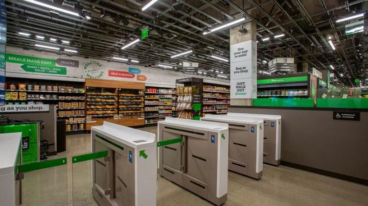 Entrada da Amazon Go Grocery em Seattle
