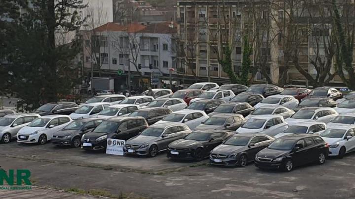 GNR desmantela esquema europeu de fraude ao IVA com carros usados...