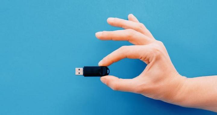 Tiny Core 11! O Linux que é 145 vezes mais pequeno que o Windows 10