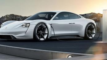 Imagem Porsche elétrico a carregar