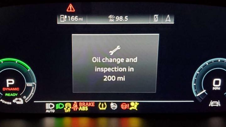 Audi e-tron óleo motor elétrico