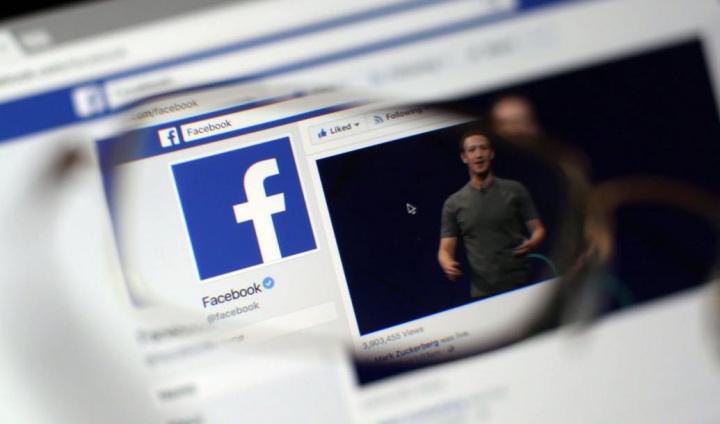 """Facebook: Partilhas e likes podem ser consideradas """"difamação""""..."""