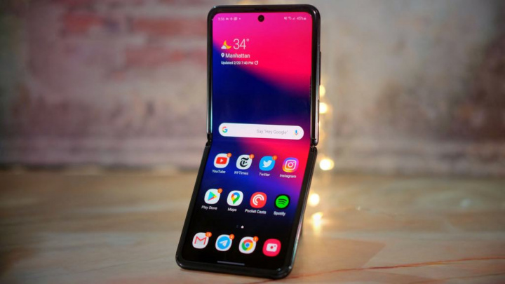Galaxy Z Flip: O telemóvel de 1529€ esgotou em Portugal
