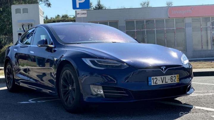 Tesla China carros elétricos problema