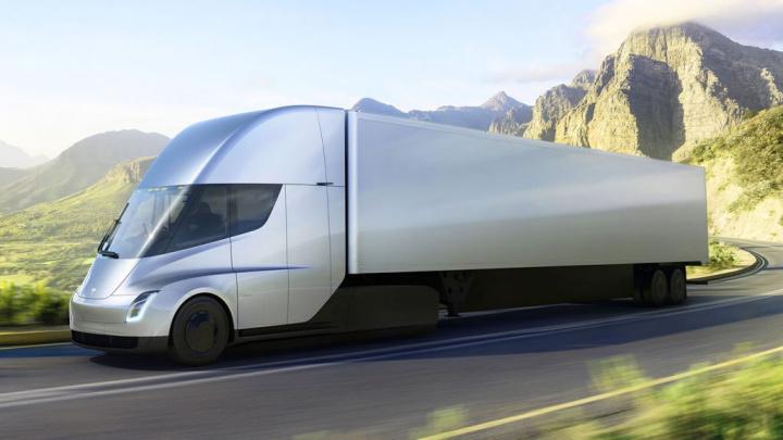 Tesla Semi Elon Musk camião produção