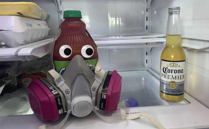 Imagem Corona, mas cerveja com humor
