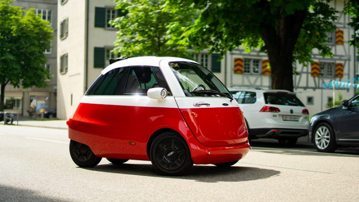 Microlino: the loving electric car for two created in Switzerland