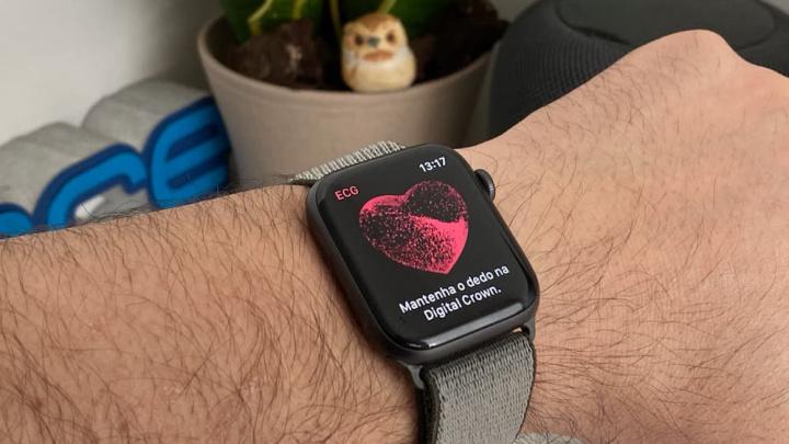 Imagem Apple Watch ECG
