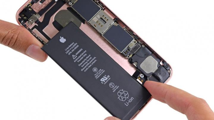 Imagem da bateria de um iPhone da Apple