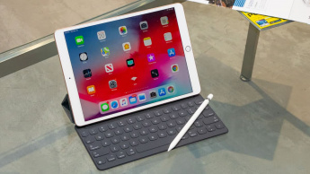 Imagem Apple iPad Air 3ª geração com problema no ecrã