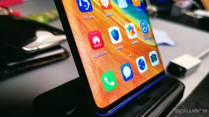 Huawei códigos smartphone informação dados