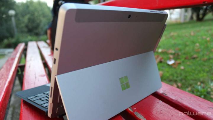 Thunderbolt Microsoft Surface seguro
