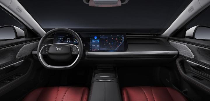 Imagem do interior do carro elétrico