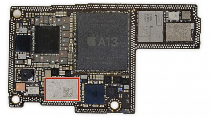 Imagem chip U1 do iPhone 11