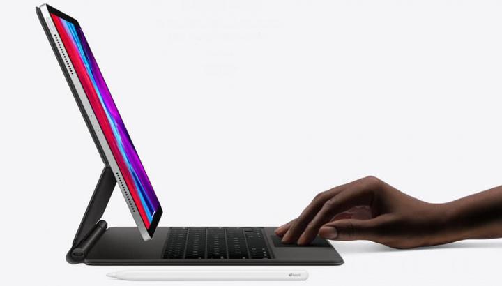 Imagem teclado com trackpad para iPad