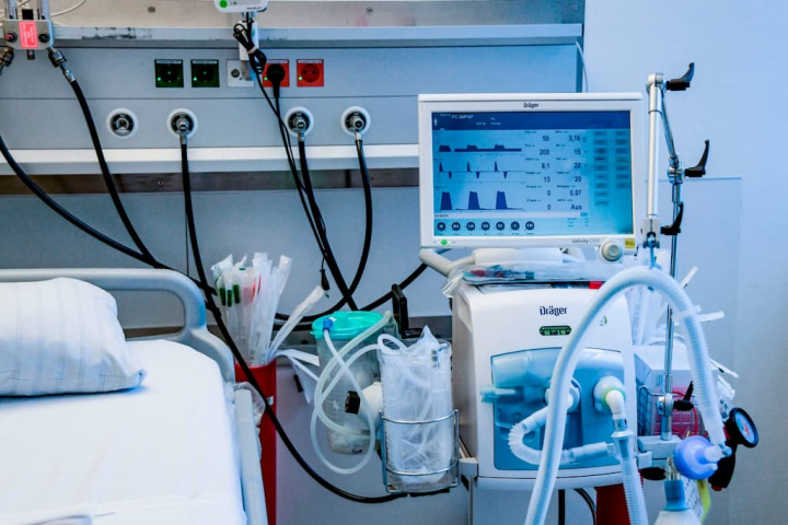 FOTOVID: Terapia inovadora portuguesa elimina o vírus em segundos