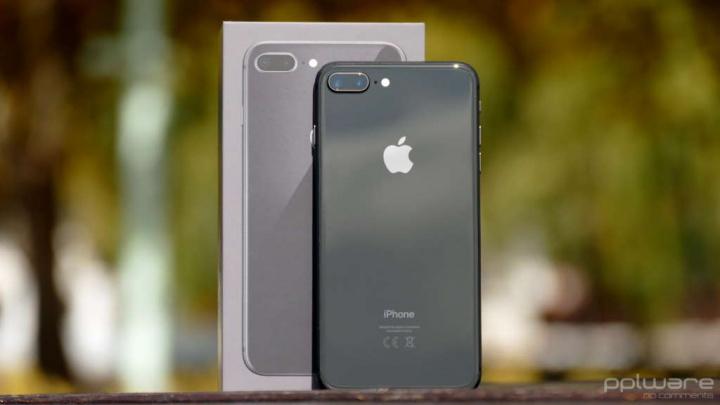 iPhone 8 8 Plus iPhone SE Apple smartphones