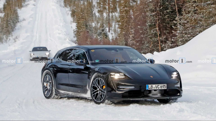 Imagem Porsche Taycan Cross Turismo rival do Tesla Model Y