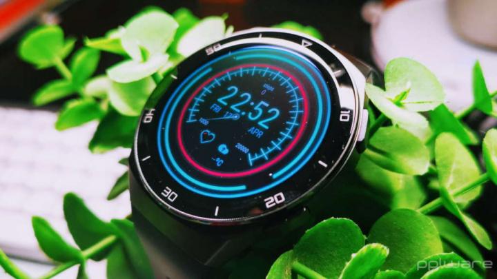 Huawei Samsung Apple Watch smartwatches