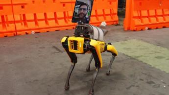 Imagem robôs, como o Spot, podem ser uma grande ajuda no combate à COVID-19